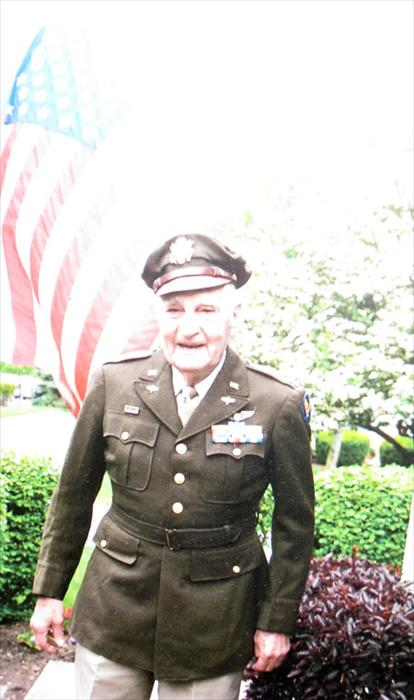 Robert E Arn in his uniform at the age of 86.
