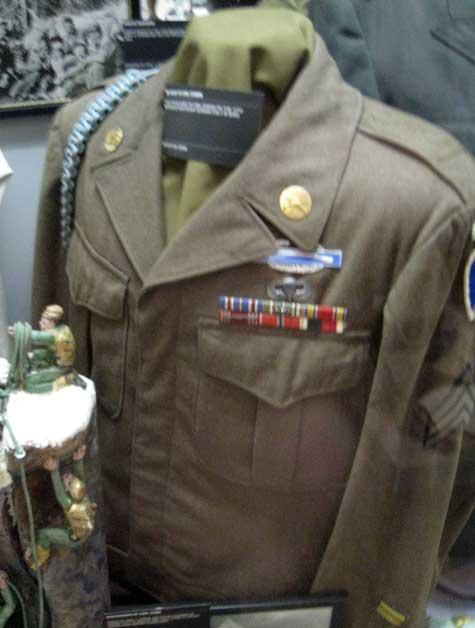 World War 2 military uniform worn by Carl Cossin.